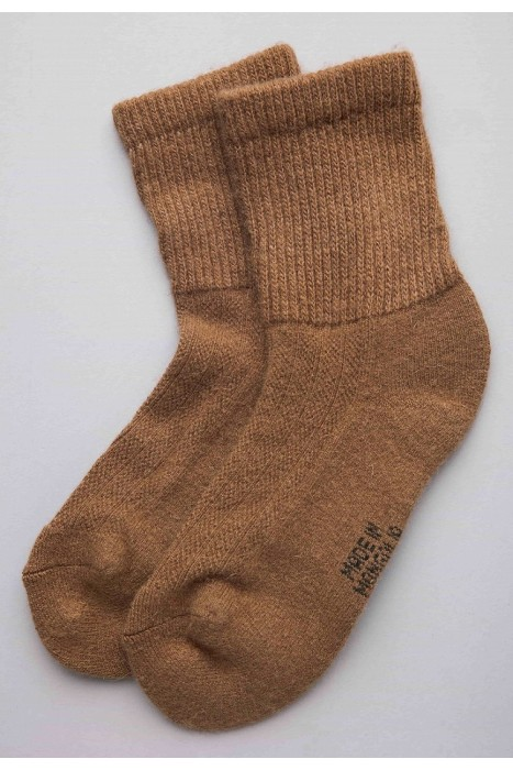 Носки из монгольской шерсти коричневые