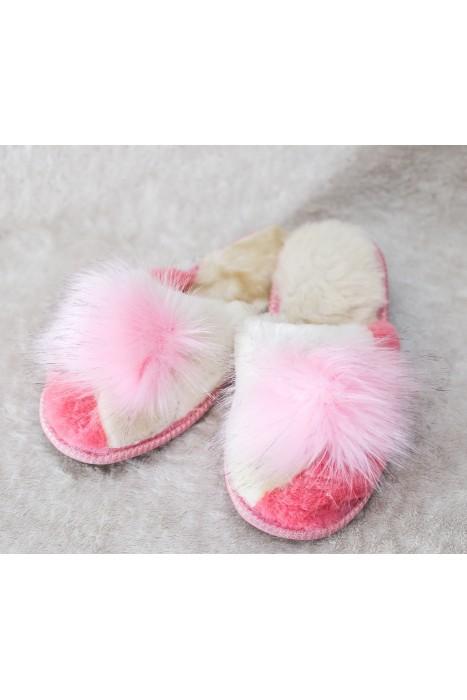 Тапочки из овчины женские с помпоном бело-розовые